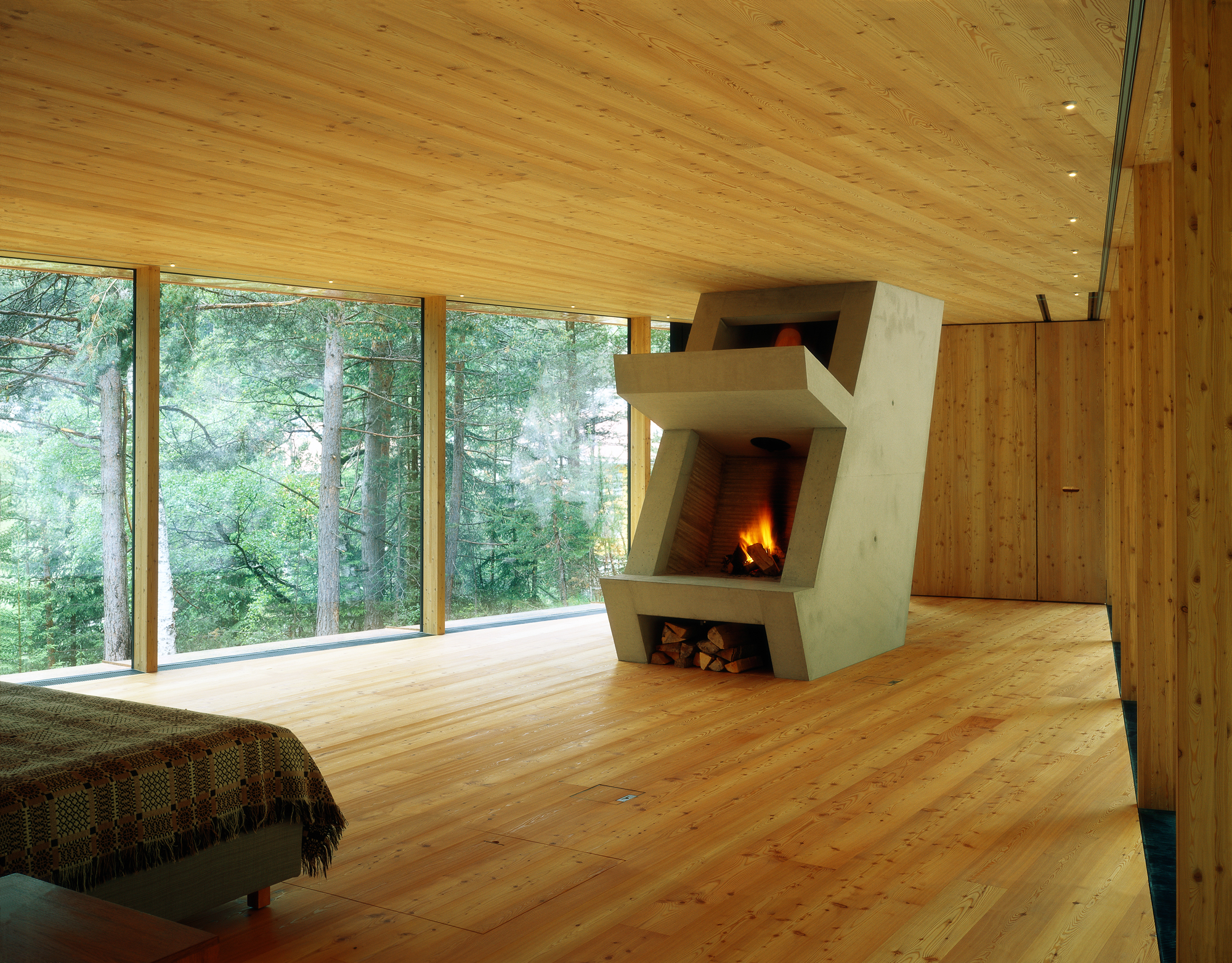 Farnsworth House Fireplace The Use And Smell Of Larch