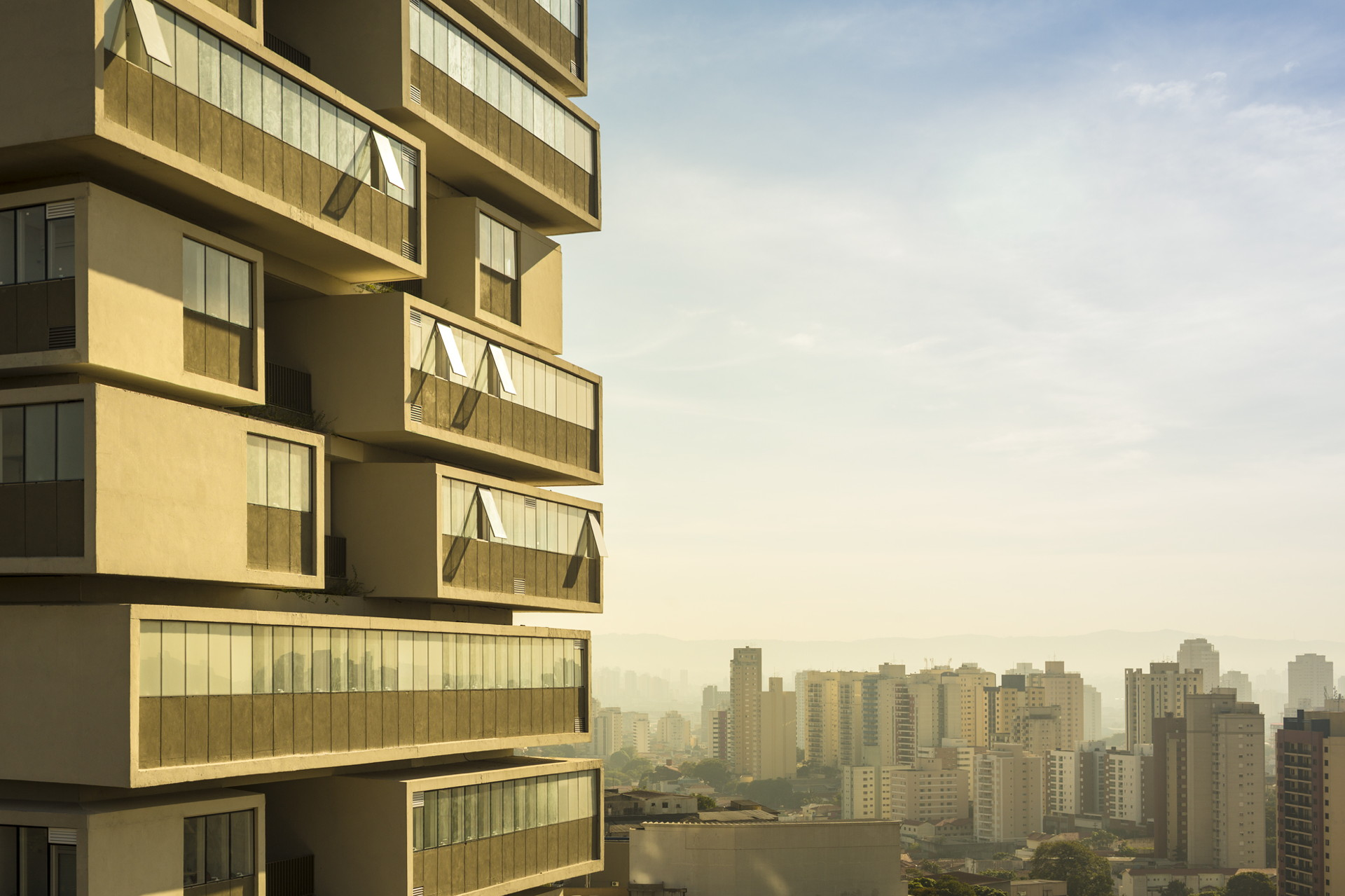 360 deg building residential tower s atilde o paulo 2013 photo