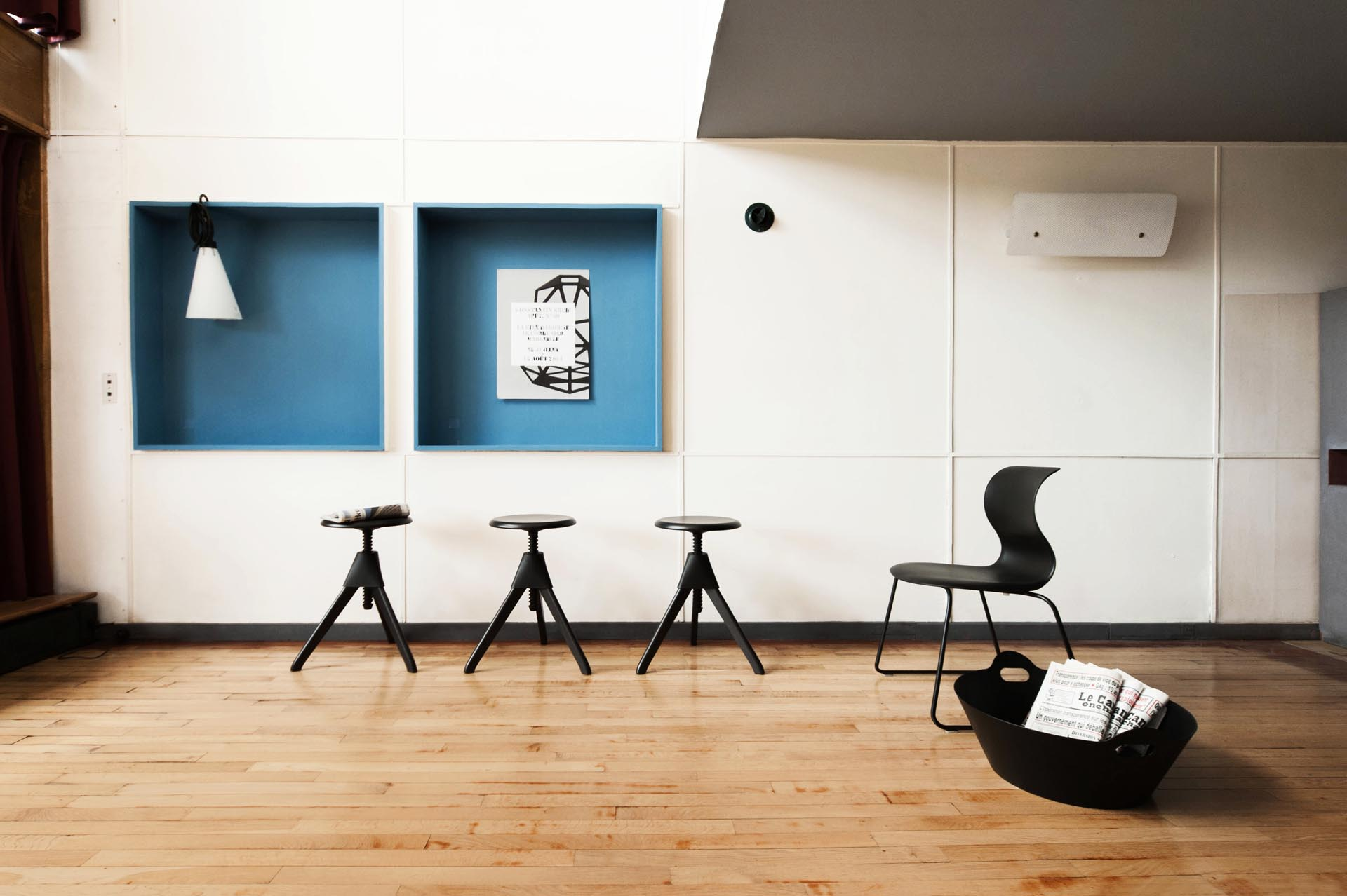 Connu Konstantin Grcic and Xavier Veilhan at Le Corbusier′s Unité - uncube HV19