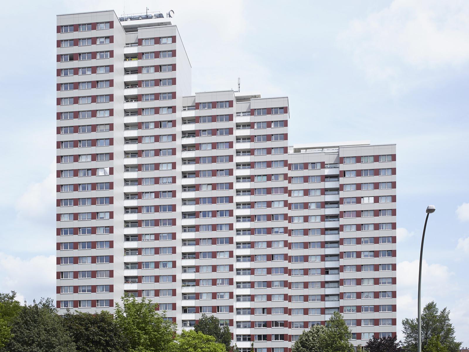 re visiting leninplatz in east berlin uncube. Black Bedroom Furniture Sets. Home Design Ideas
