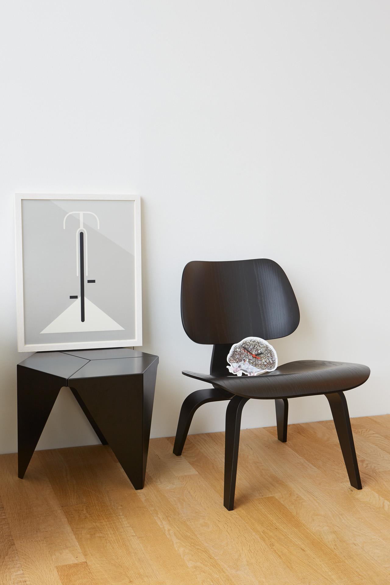 LCW Plywood chair by Eames & Prismatic table by Isamu Noguchi
