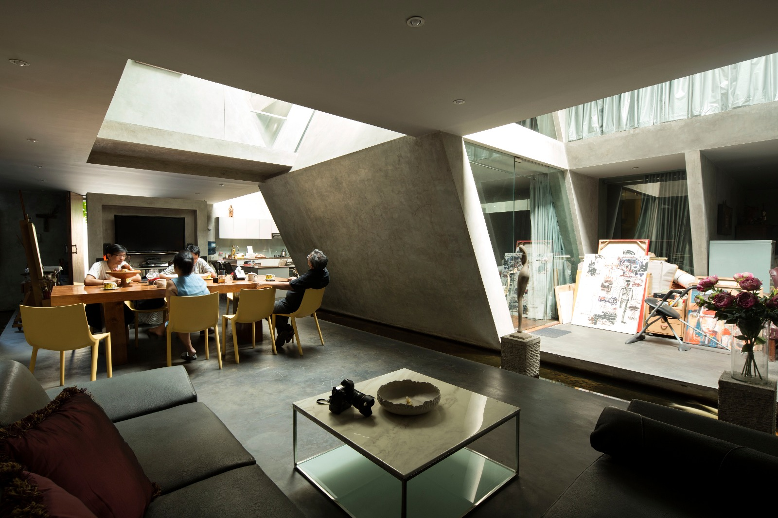 House And Gallery By Adi Purnomo In Jakarta Uncube