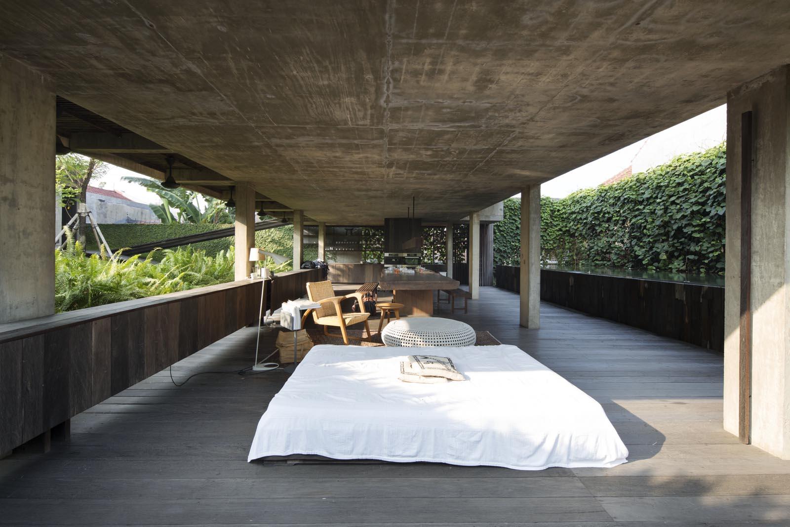 andra matin house jakarta uncube. Black Bedroom Furniture Sets. Home Design Ideas