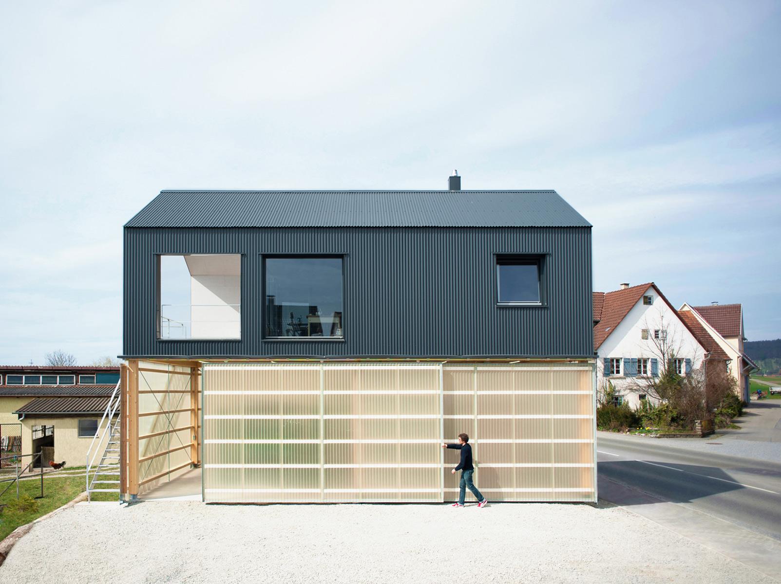 Haus unimog near t bingen uncube for Haus architektur