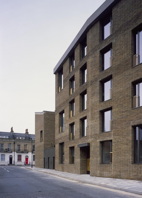 Belgian bricks were specifically chosen by the architect... (Photo: Hélène Binet)