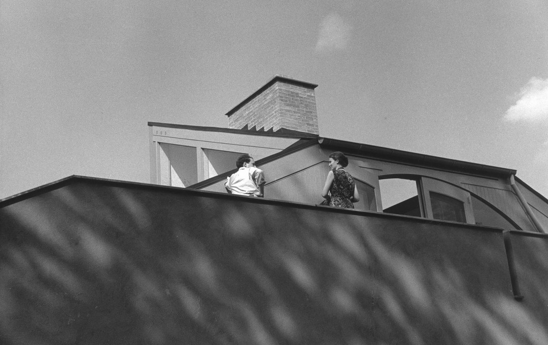 Robert Venturi and Denise Scott Brown on the terrace of the house. They lived 6 months in the upstairs bedroom after their marriage.