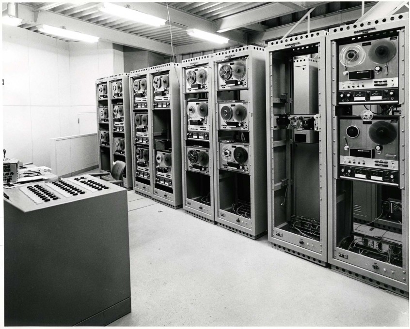 The pavilion contol room showing the racks of TEAC reel-to-reel tape recorders that provided the input sources for the sound system. (Photo: Shunk-Kender © Roy Lichtenstein Foundation, courtesy E.A.T.)