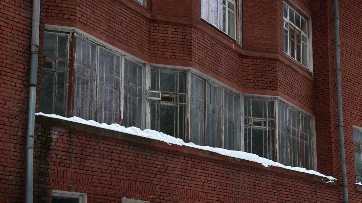 Detail of dormitory building of the agricultural academy K.A. Timirjazeva, designed by Boris Iofan. Film still.