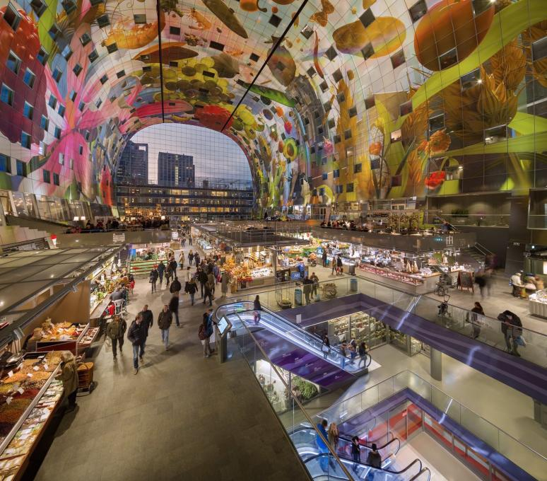 Basement levels in the Markthal lead down to parking below. (Photo: Ossip van Duivenbode, courtesy of MVRDV)