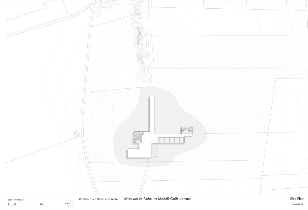 The site plan clearly shows the careful positioning by Mies in the landscape (Image: Robbrecht en Daem Architecten)