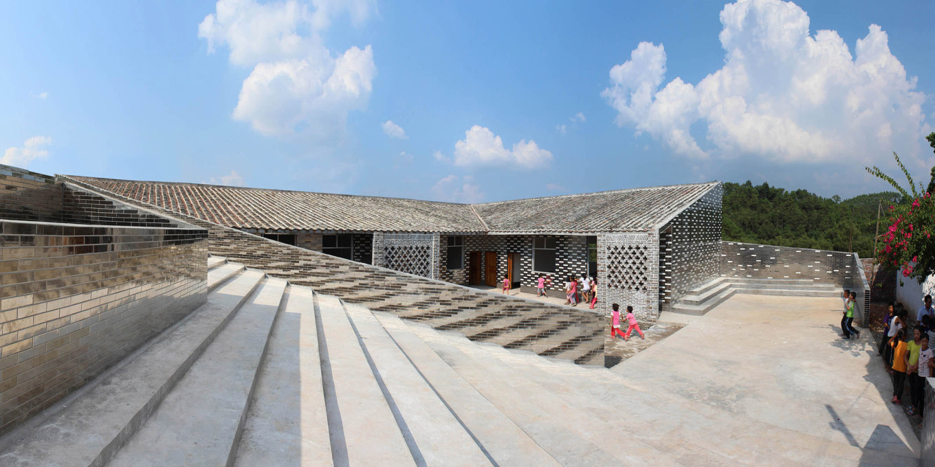 Rural Urban Framework: Mulan Primary School, Mulan/Huaiji, China, 2012. (Photo: © Joshua Bolchover and John Lin)
