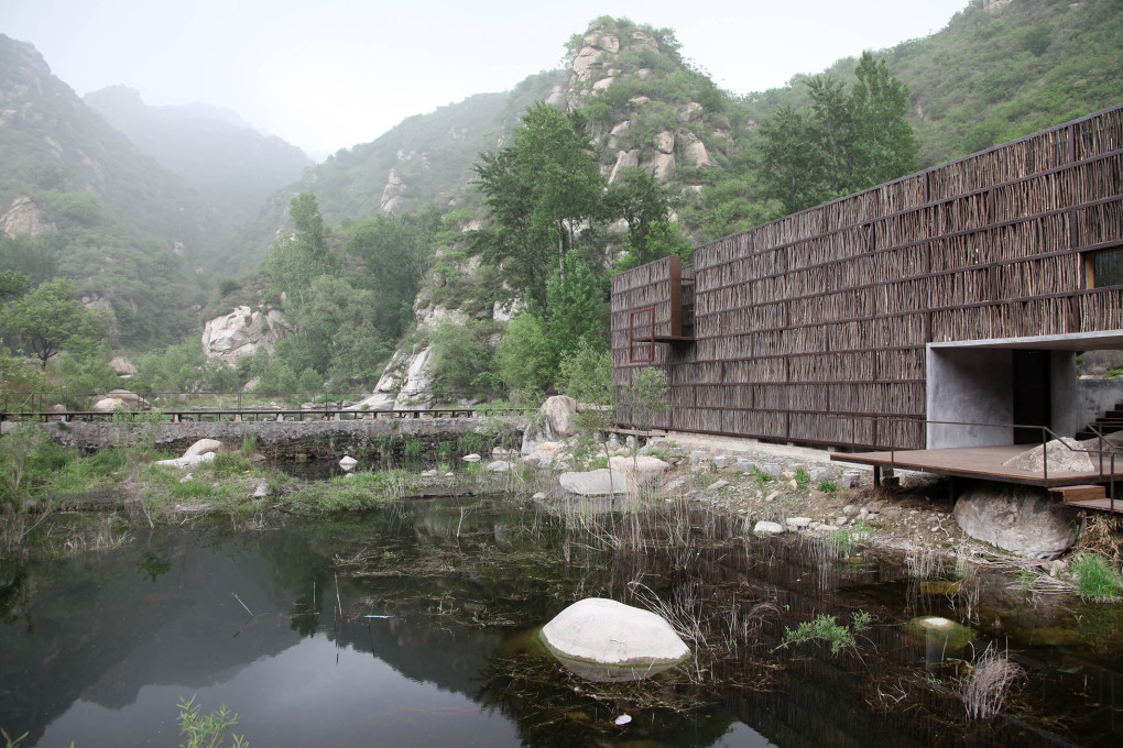 Li Xiaodong: Li Yuan Library, Jiaojiehe, Huairou, China, 2011. (Photo: © Andreas Fogarasi)