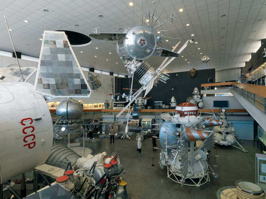 The museum is filled up with all manner of relics of Soviet cosmonautics... (Photo: Philipp Meuser)