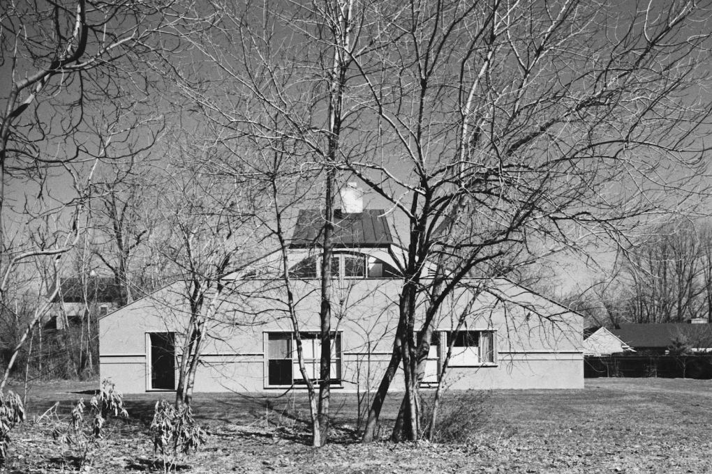 Vanna Venturi House, south elevation.
