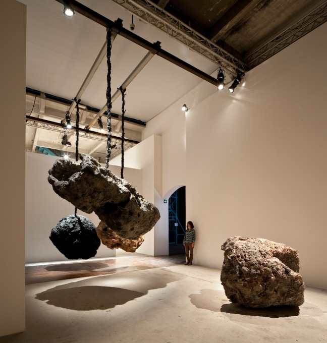 "The powerful protean work by Phyllida Barlow ""untitled: hanginglumpcoalblack"", 2012, in the Arsenale. (Photo: Francesco Galli, Courtesy la Biennale di Venezia)"