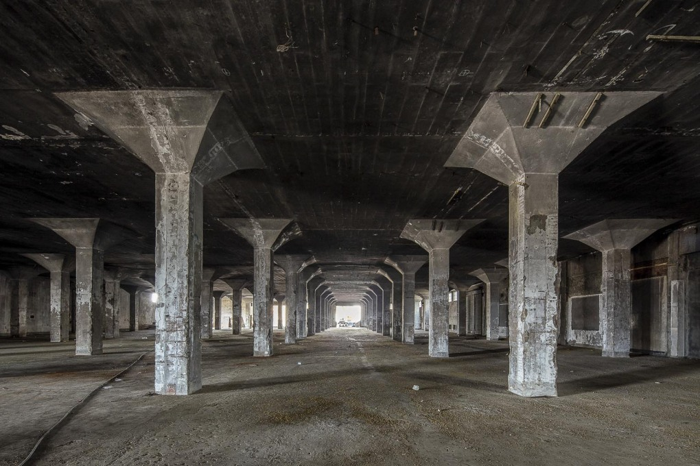 An unrenovated floor of the Dacheng Flour Factory. (Image courtesy UABB)