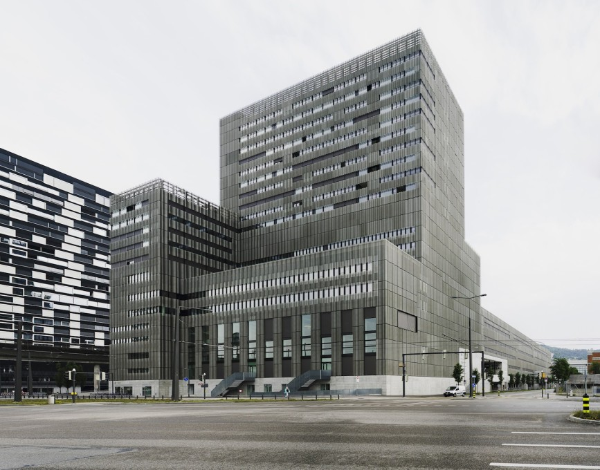 Toni Areal complex, elevation to Pfingstweidstrasse. (Photo: ©Simon Menges)