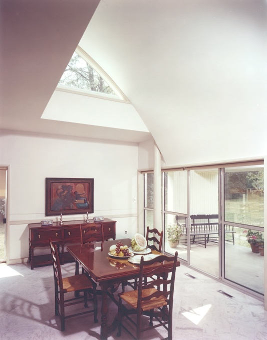 Vanna Venturi House, dining area.