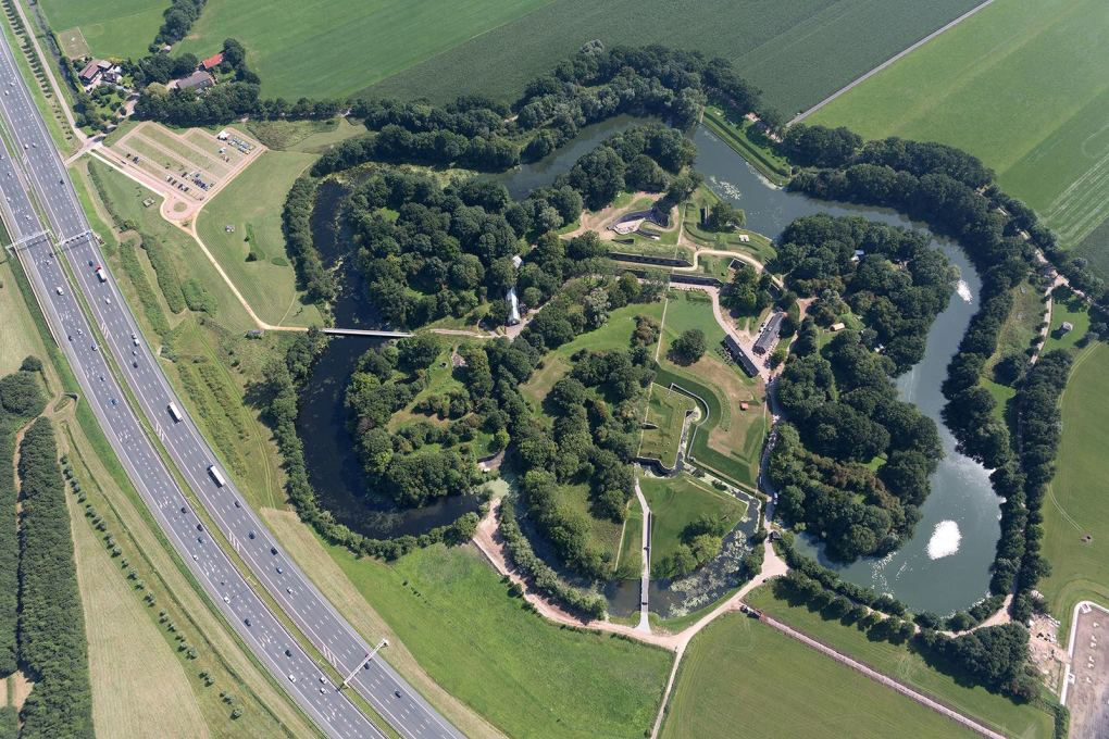 Viewed from above, the museum is visible in the context of the fort and its surrounding moat...
