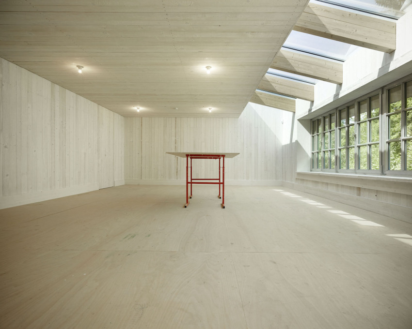 Studio space of Ugo Rondinone in Würenlos, Switzerland, designed by Andreas Fuhrimann Gabrielle Hächler Architects (Photo: Valentin Jeck, Courtesy Andreas Fuhrimann Gabrielle Hächler Architects and Ugo Rondinone)
