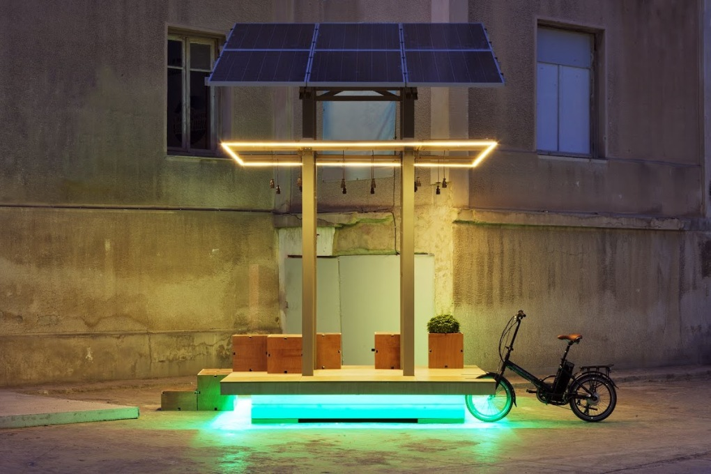 AKTINA by Cityindex Lab and Energize is a mini power station, consisting of six solar panels, equipped with a Wi-Fi connection, to charge electric bicycles or mobile phones on the streets of Elefsina, Greece. (Photo: Dimitris Sotiropoulos)