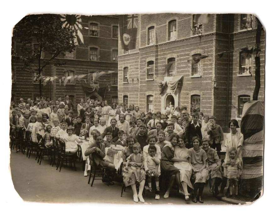 A street party at the Herbrand Estate in Bloomsbury, 1924. The estate was built in 1885. (Photo: © Peabody)