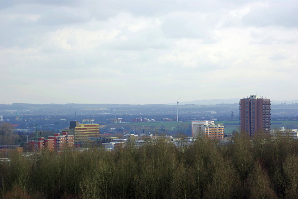 Built in 1974, the Citytower was intended as an icon for Europe's largest coal mining town: Bergkamen, in Germany's Ruhr area. (Photo: Rainer Knäpper, Wikimedia Commons, 2009)