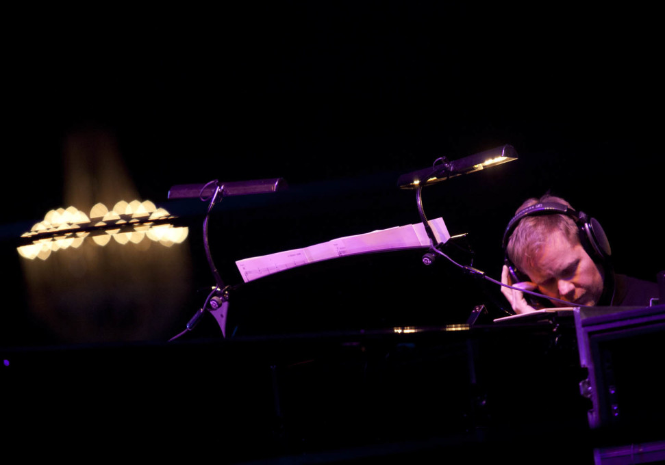 Max Richter in mid-performance. (Photo: © Mike Kelly)