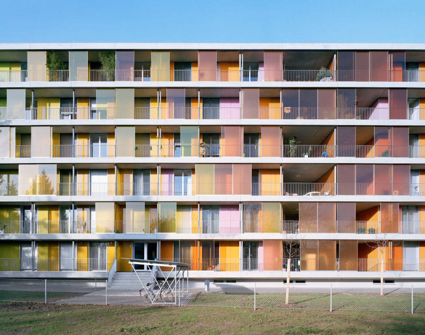 Brunnenhof Housing Complex by Gigon / Guyer with Adrian Scheiss, Zurich, 2007 (Image: ©Gigon/Guyer Architekten)