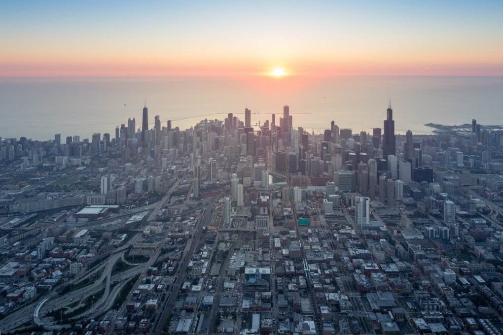 Chicago sunset: from Iwan Baan's Chicago Photo Essay. (Photo: Iwan Baan 2015, courtesy of Chicago Architecture Biennial)