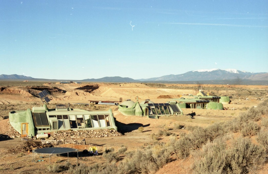 "A group of ""Earthships"" made from everyday trash. (Photo: Oliver Croy)"