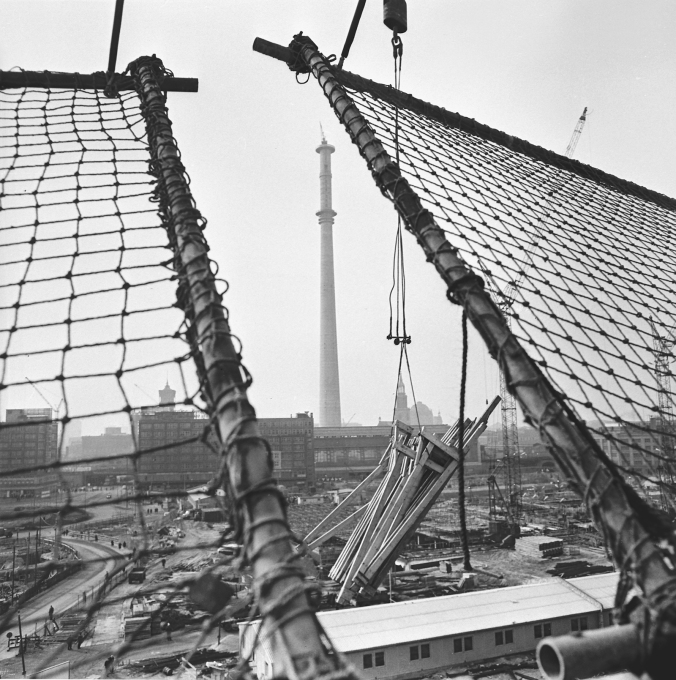"The TV Tower ""chimney"" awaits its spherical counterpart, in early 1968. (Photo: © Karl-Heinz Kraeme)"