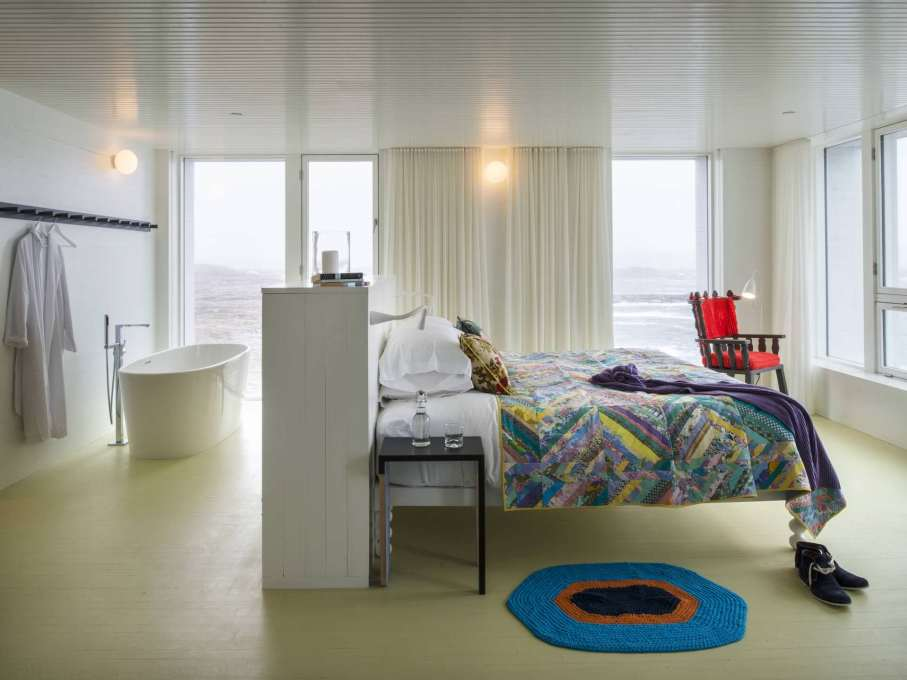 Bedroom with view out west to the Little Fogo Islands in the distance. (Photo: Alex Fradkin)