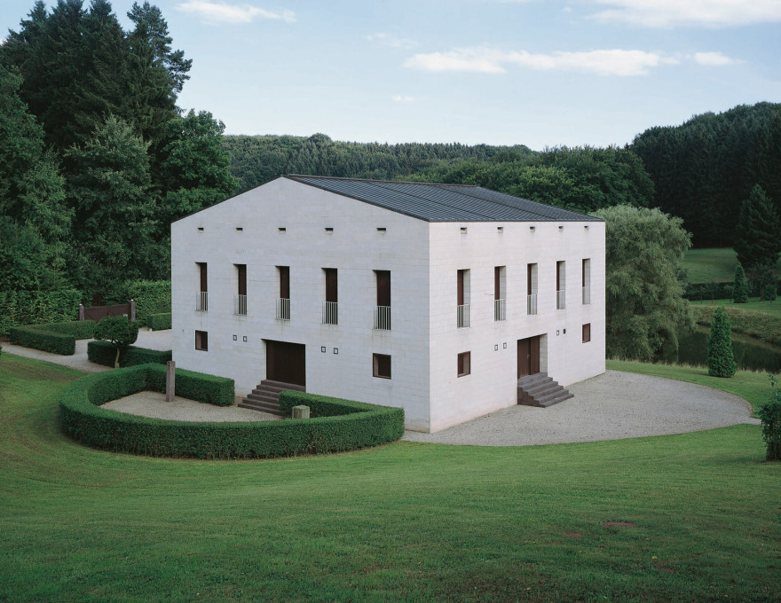 Glashütte, Germany by Oswald Mathias Ungers, 1985. (Photo © Stefan Müller)