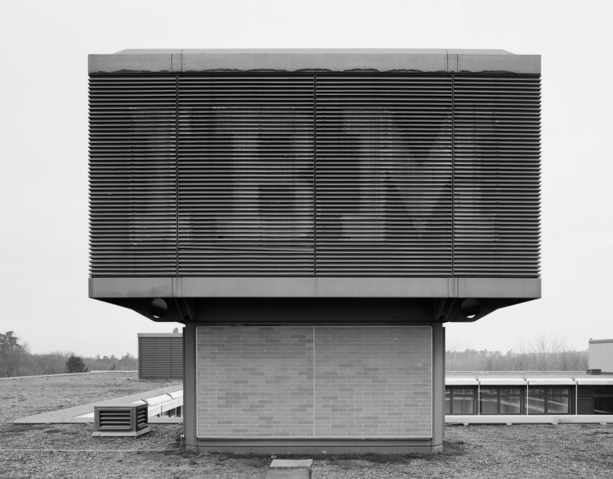 IBM Campus 1972-2009; Stuttgart, Vaihingen; architect Egon Eiermann (Photo: Andreas Gehrke / Drittel Books).
