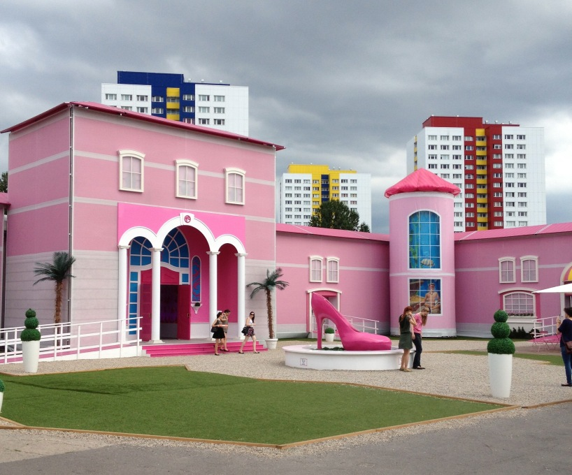 The Barbie Dreamhouse has been installed in Berlin, amid protests and plattenbau. (Photo: Nathalie Janson)