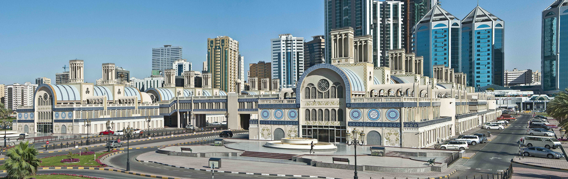 While some buildings in the UAE, like the Blue Souq in Sharjah from 1978, received worldwide attention... (Photo: Marco Sosa)