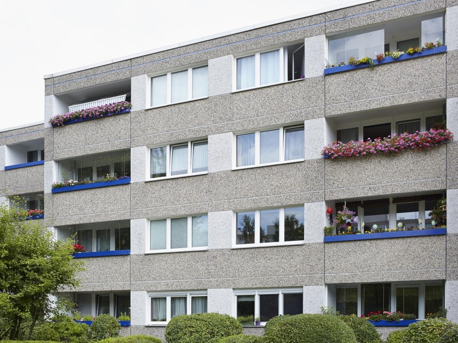 Welcome to one of West Berlin's largest modern housing projects: the Märkisches Viertel, built 1963-1974. (All photos by Thorsten Klapsch, taken in July 2015)