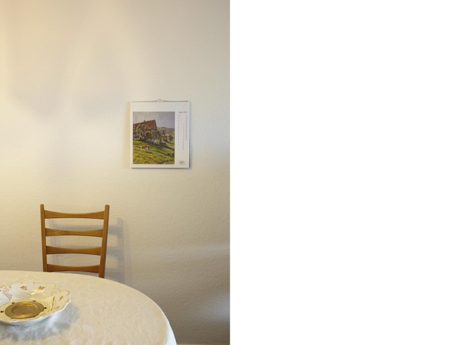 The imagery on the walls reveal the Gütz's dreams of an idyllic life.