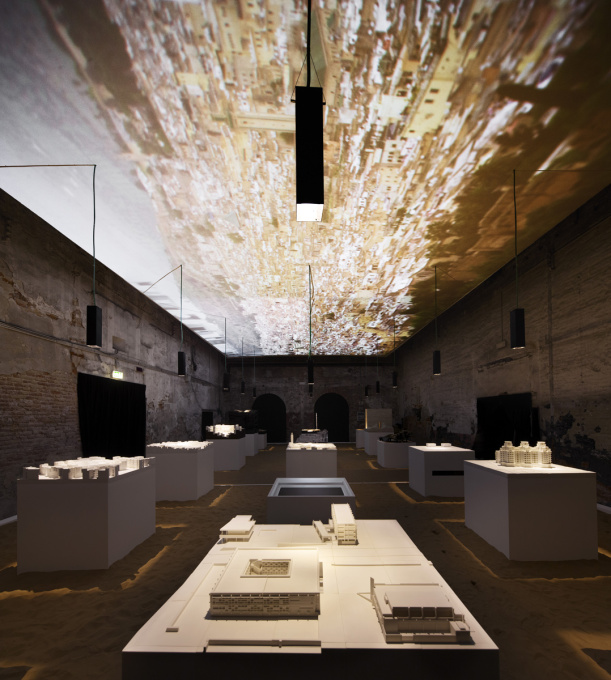 ... placing the models on Saharan sand and projecting day and night images on the ceiling. (Photo © pavilion of Morocco)