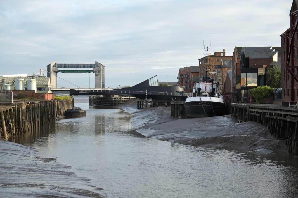 View south to the new bridge, with the tidal barrier at the mouth of the River Hull behind, where it joins the Humber Estuary. (Photo: Timothy Soar)