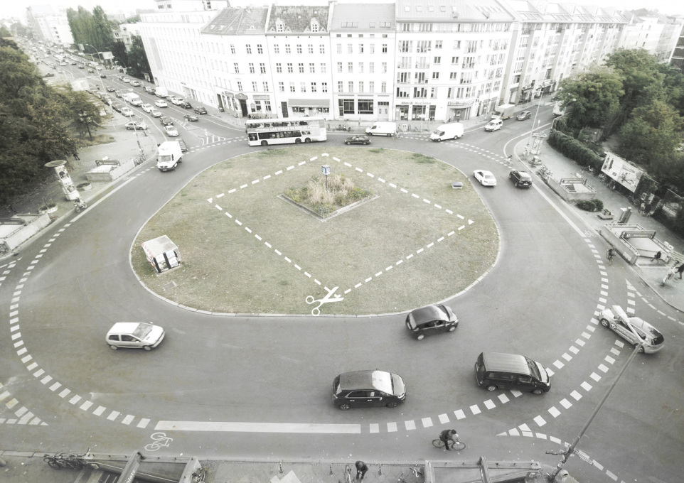 "Meanwhile, various ""happenings"" will take place across Berlin; such as the ""reclaiming"" of the roundabout at Moritzplatz. (© ALAS)"