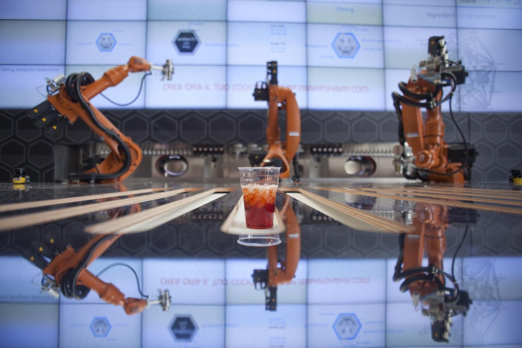 Makr Shakr, the world's first robotic bartending system, By Carlo Ratti. (Photo: MyBossWas)