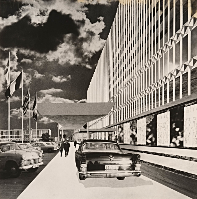 Entrance of the GDR's Ministery for Foreign Affairs as imagined by Urbach (complete with glamerous citizens and cars) with the Staatsratsgebäude in the background. The ministery existed for 20 years between 1976-1996. (Repro: Markus Hawlik)&