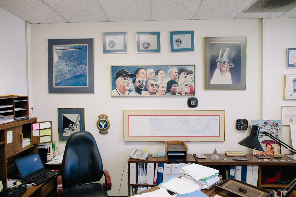 Office at the NASA Ames Research Center. (Photo Neil Berrett)