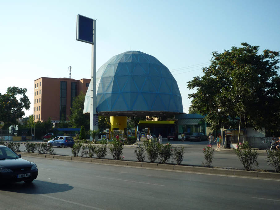 Buckminster Fuller Lives! One of the 51N4E-designed petrol stations in Tirana, which combine bold architectural forms with sensitive urban placemaking. All photos: Andreas Ruby.
