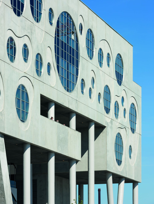The distinctive round window patterning of the u-shaped block around the concert hall, that contains facilities of the Danish Royal Academy of Music. (Photo © Duccio Malagamba)