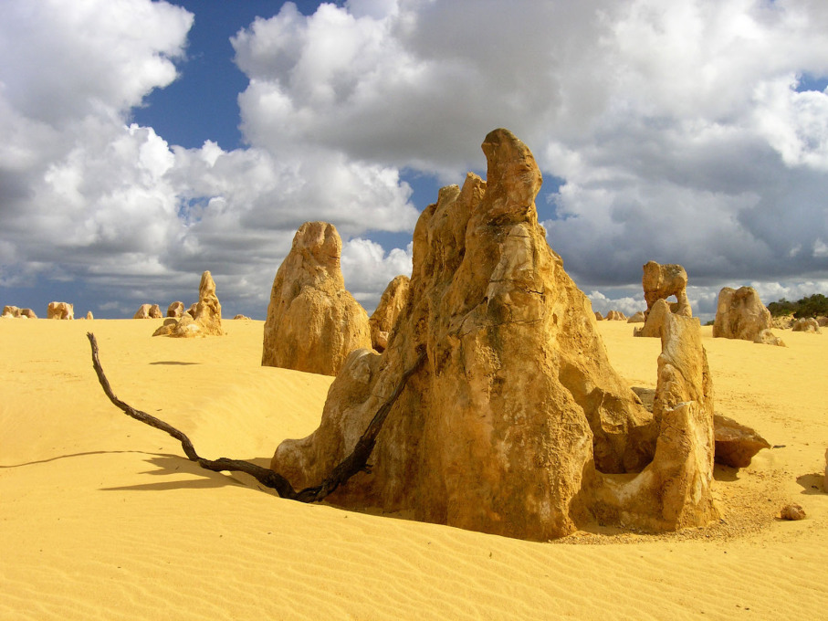One of The Pinnacles, limestone rock formations in Nambung National Park, Western Australia. (Photo: Andrzej Kulka, courtesy Wikimedia Commons)