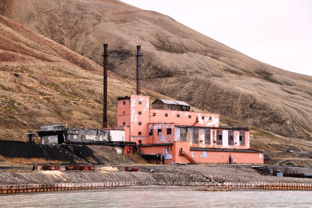 ...to be used to generate the community's own power at the Pyramiden power station. (Photo: Erlend Bjørtvedt, CC-BY-SA)