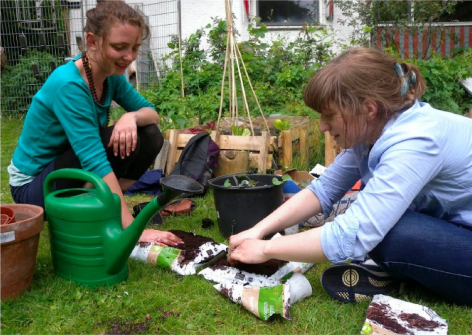 The 2012 Pop-Up Farm held workshops for ultimate urban farming beginners. (Photo: Cities Foundation)